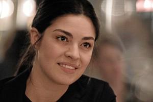 Billede af Claudia Madueño som spiller chefjuristen Claudia i Bedrag